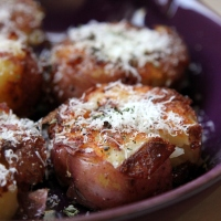 Pan-fried Smashed Potatoes [recipe]