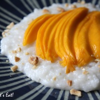 Coconut Milk Sticky Rice with Mangoes [recipe]