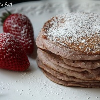 Strawberry Pancakes [recipe]
