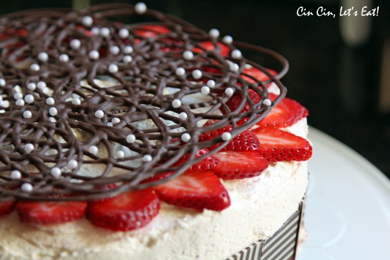 buttermilk_strawberry_chocolate ganache cake_2