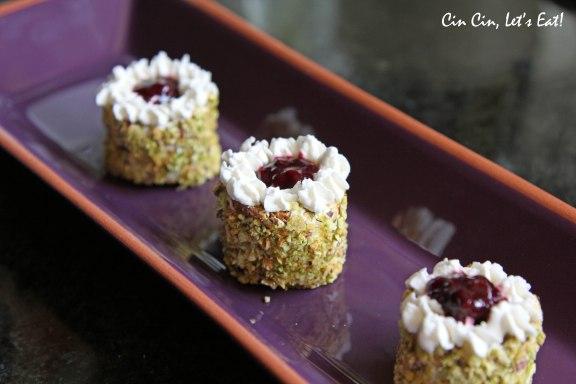 tea party 2013_pistachio cake 1