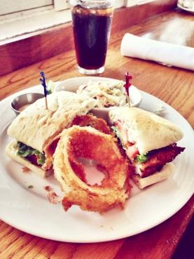 SB_SBShellfishCo_Calamari_sandwich